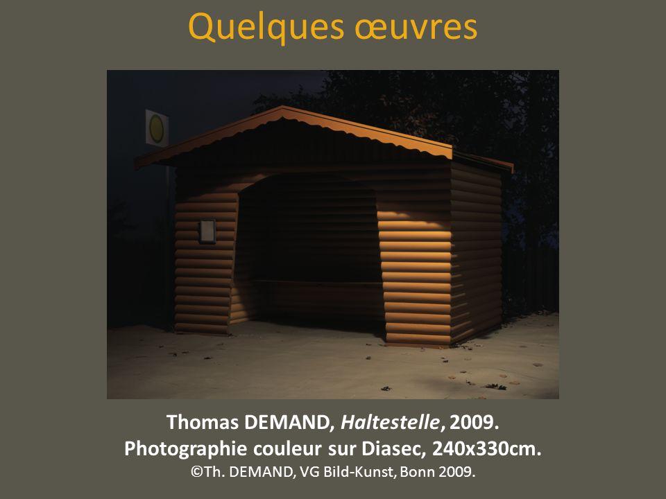 Quelques œuvres Thomas DEMAND, Haltestelle, 2009. Photographie couleur sur Diasec, 240x330cm. ©Th. DEMAND, VG Bild-Kunst, Bonn 2009.