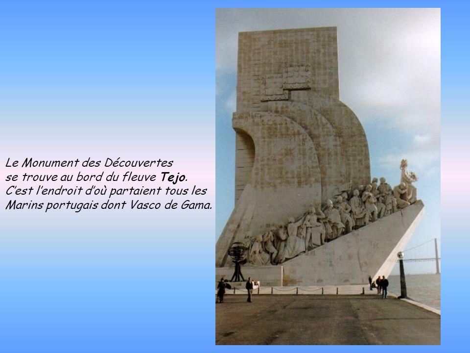 Vasco de Gama (1469 - 1524 ) : Navigateur portugais né à Sines, il a pour projet de rejoindre les Indes en contournant le cap de Bonne-Espérance. Part
