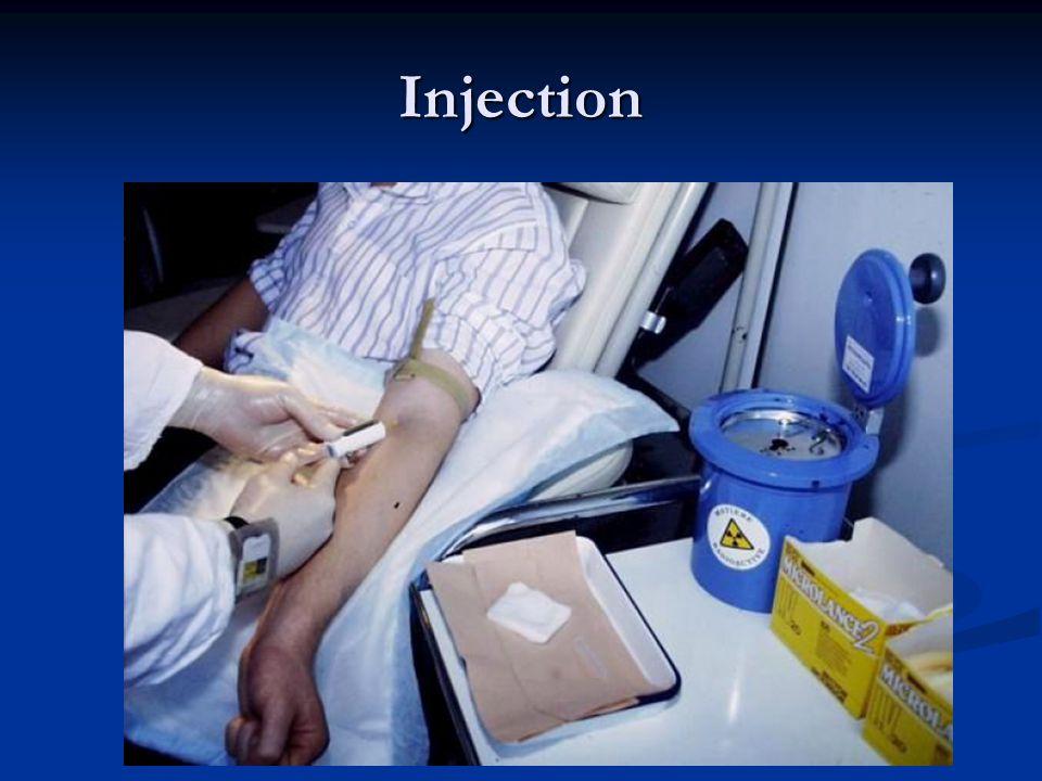 Traceur = Radiopharmaceutique Médecine Nucléaire = Imagerie Fonctionnelle Médecine Nucléaire = Imagerie Fonctionnelle UN Traceur = UNE Fonction UN Traceur = UNE Fonction Débit et Perfusion Débit et Perfusion Métabolisme Métabolisme Récepteur(s) Récepteur(s) Spécificité Spécificité Radionucléide (+ Molécule de transport) = Radiopharmaceutique considéré comme médicament Radionucléide (+ Molécule de transport) = Radiopharmaceutique considéré comme médicament