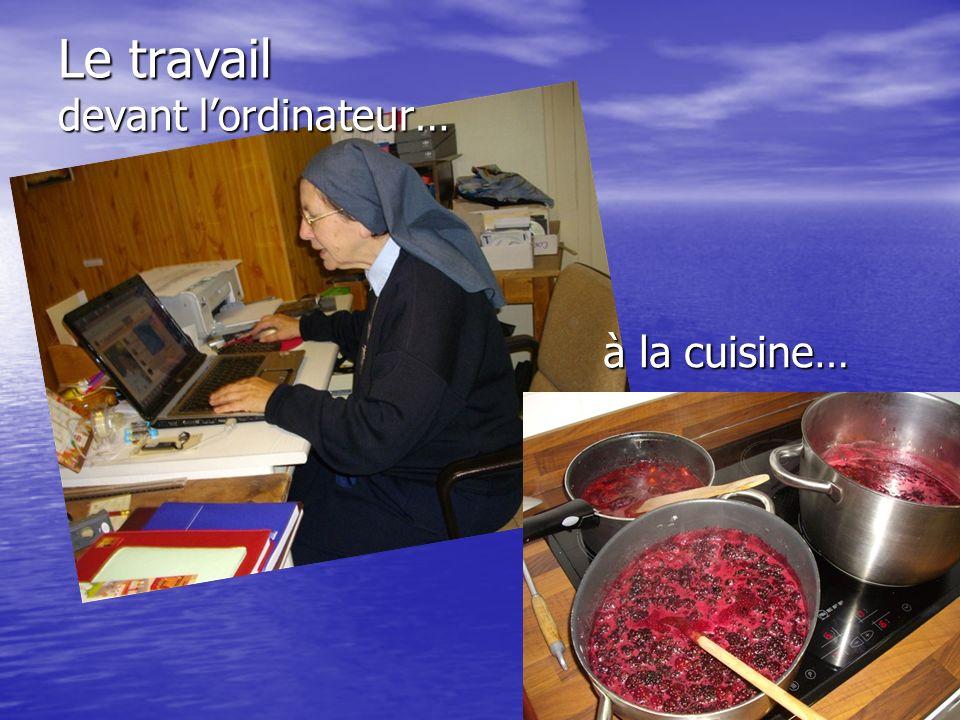 Le travail devant lordinateur… à la cuisine…