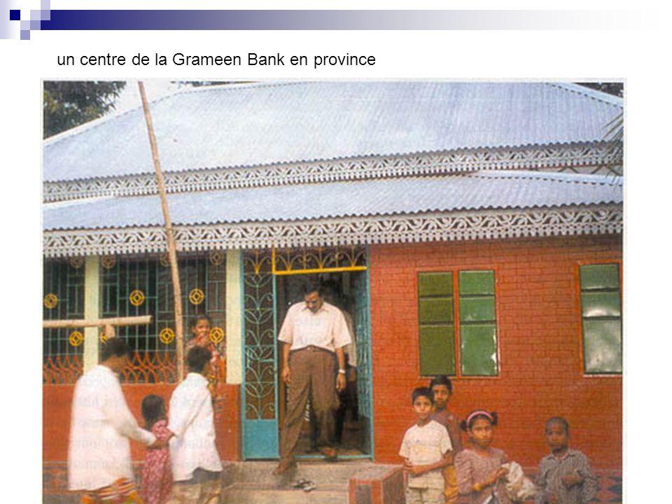 un centre de la Grameen Bank en province