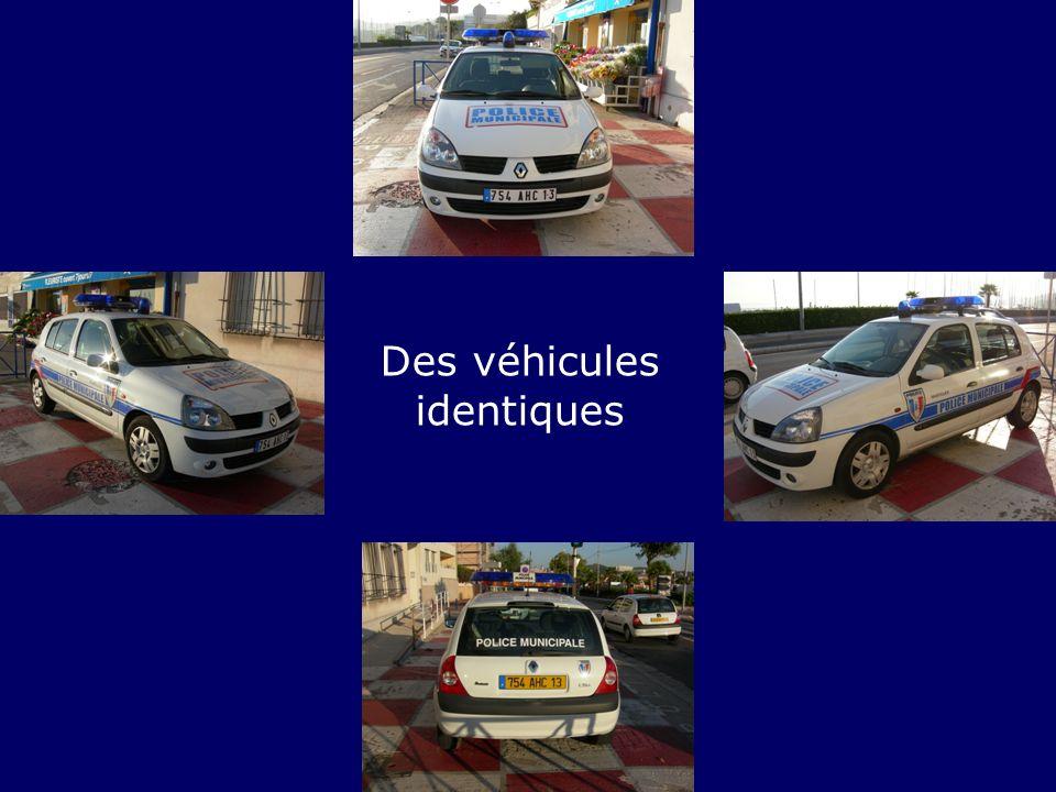 Des véhicules identiques