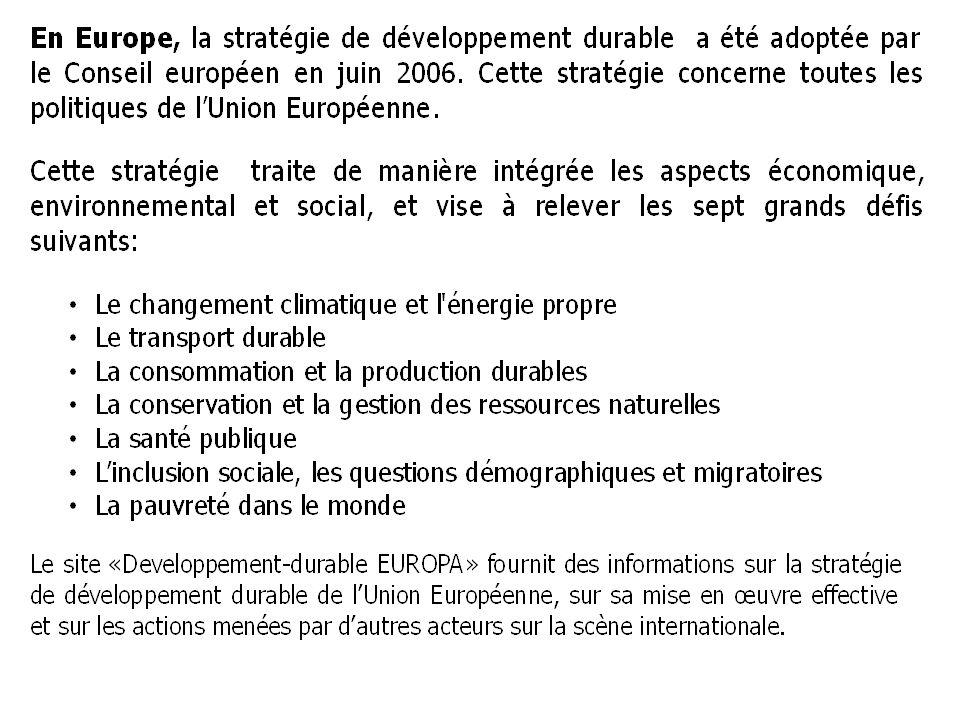 En France, c est durant l été 2007 que nait la dynamique du GRENELLE de l ENVIRONNEMENT : c est une politique globale d approche concernant plusieurs secteurs : - le bâtiment, - l urbanisme, - les transports - l énergie, - l eau, - l agriculture, - la bio-diversité, - les risques et la santé, - les déchets, - la consommation, - la gouvernance