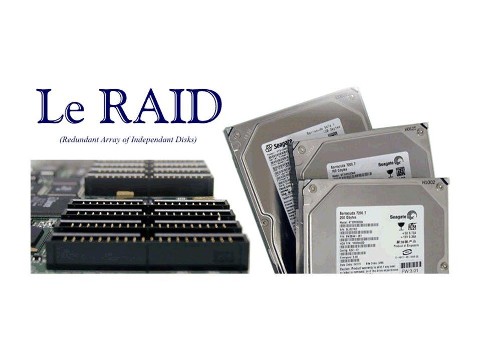 Le RAID 7 fait appel à une carte microprocesseur qui calcule la parité, la gestion du disque et qui gère la surveillance des disques en temps réel.