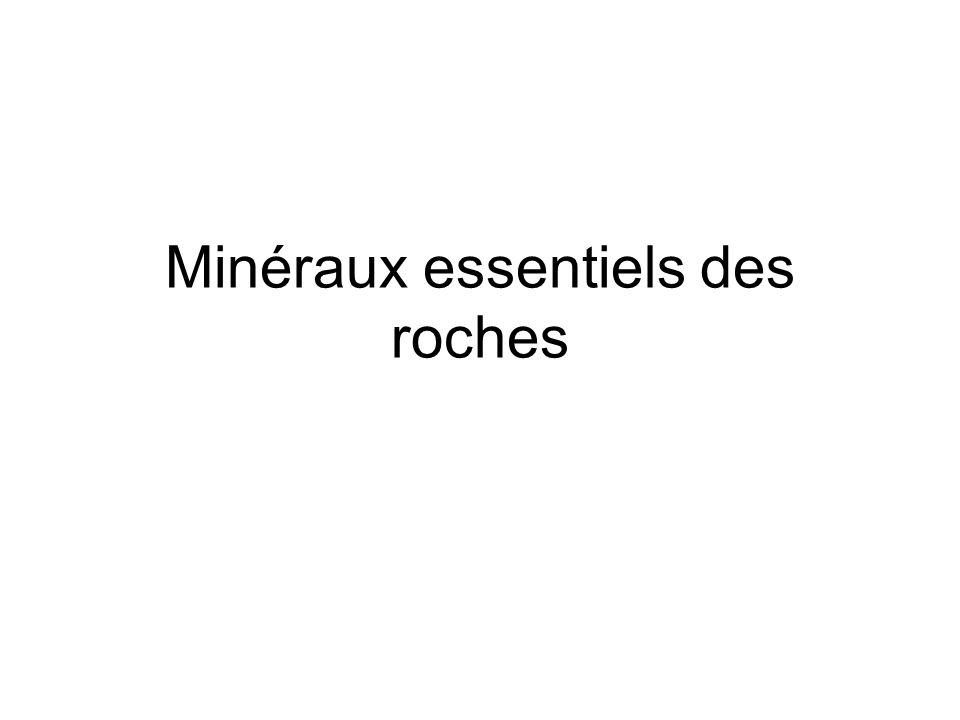 Les silicates Bases tétraèdres Chaînes simples : les pyroxènes Doubles les amphiboles Planaires : les micas TriD: quartz+ Feldspaths