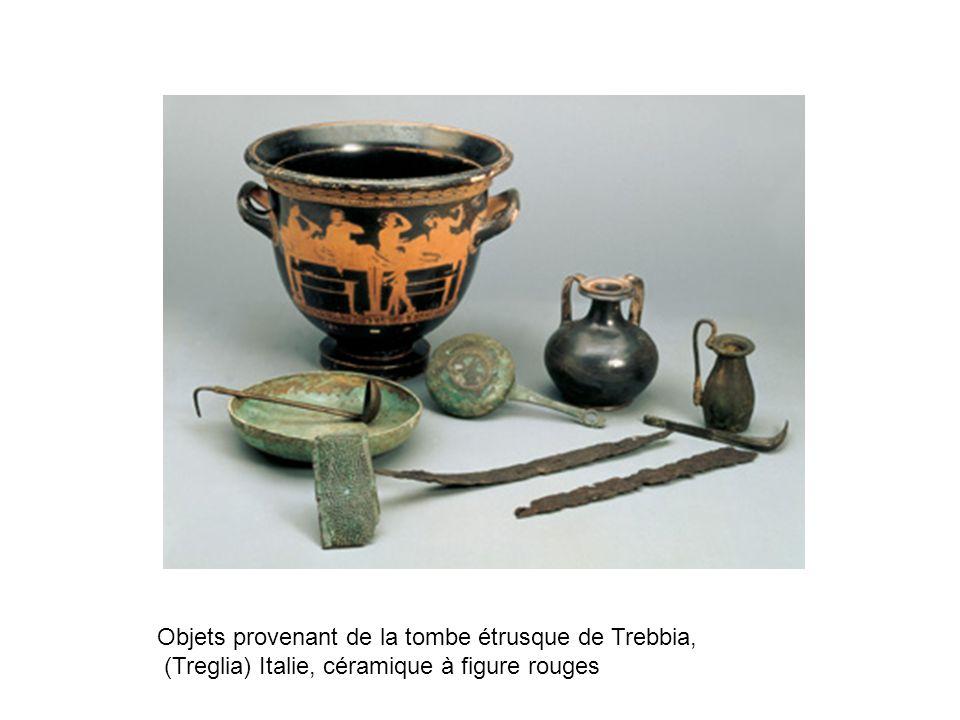 Objets provenant de la tombe étrusque de Trebbia, (Treglia) Italie, céramique à figure rouges