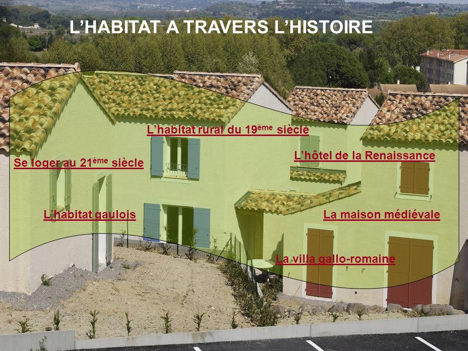 Lhabitat gaulois Cette maison de village est une reconstitution de lhabitat en 50 av.