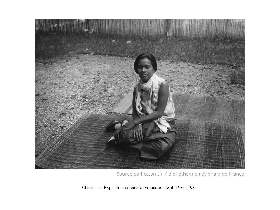 Chanteuse, Exposition coloniale internationale de Paris, 1931.