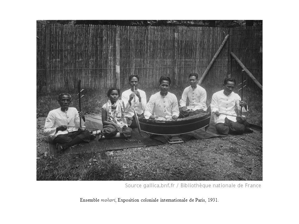 Ensemble mohori, Exposition coloniale internationale de Paris, 1931.