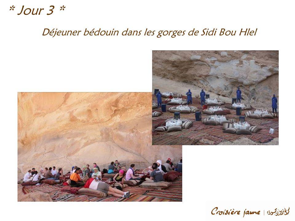 Déjeuner bédouin dans les gorges de Sidi Bou Hlel * Jour 3 *