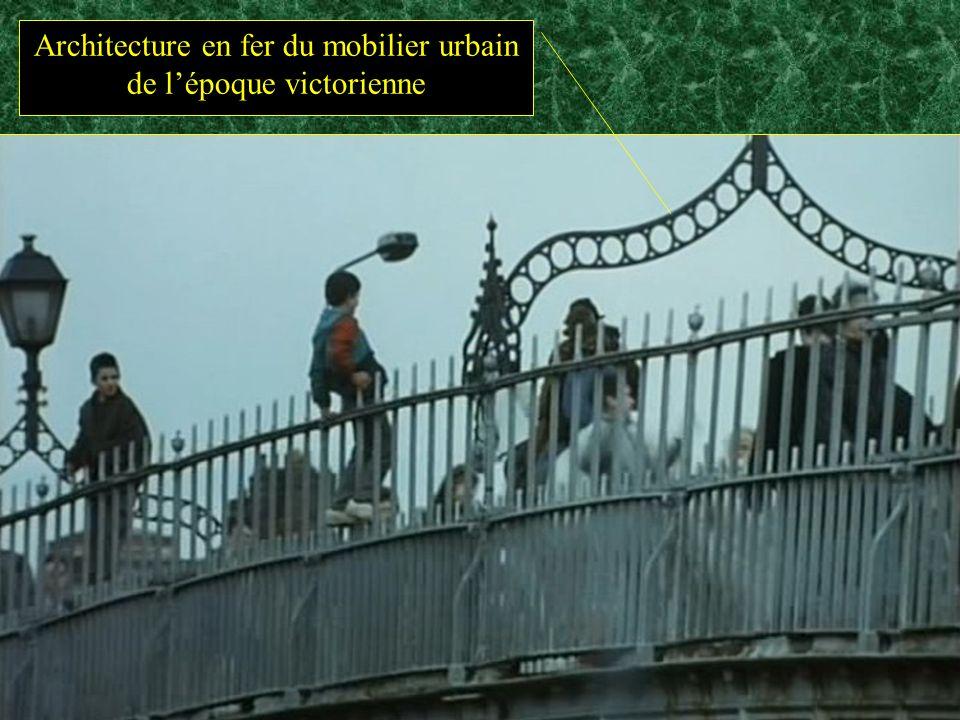 Architecture en fer du mobilier urbain de lépoque victorienne