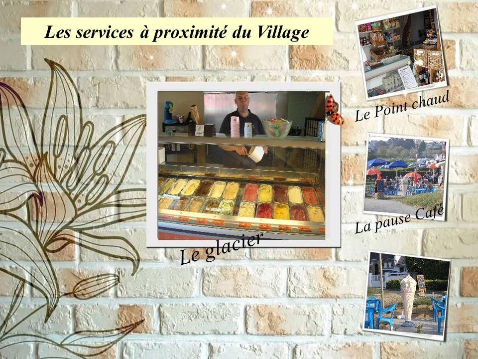 Mini-golf Parc de loisirs Les services à proximité du Village Le glacier Le Point chaud La pause Café