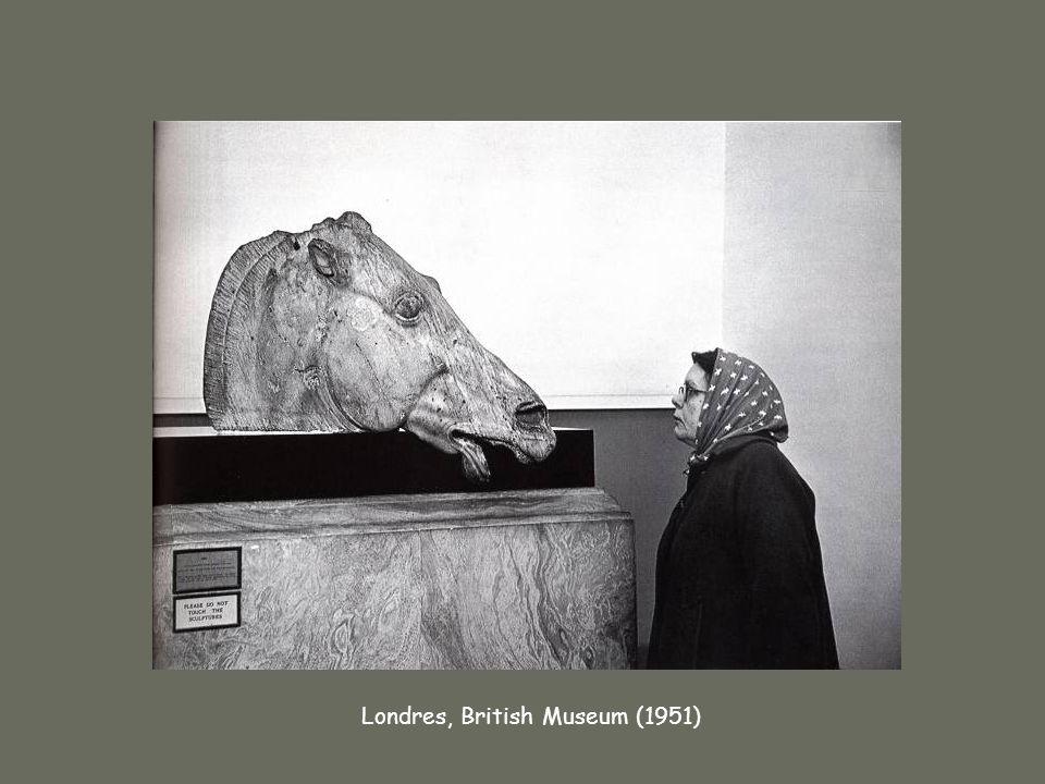 Henri Cartier-Bresson Londres, British Museum (1951)