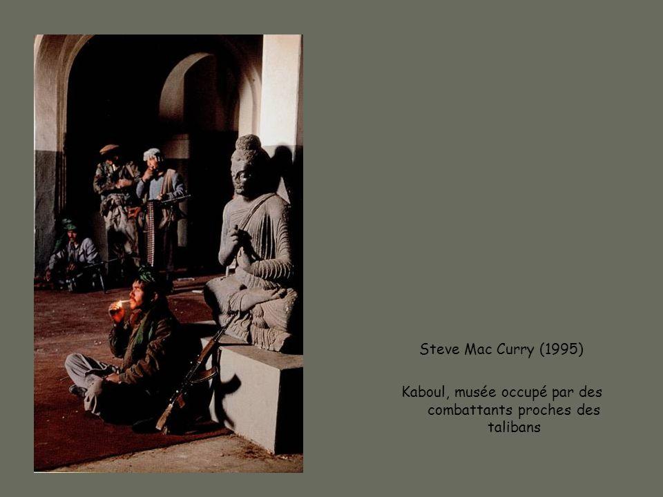 Steve Mac Curry (1995) Kaboul, musée occupé par des combattants proches des talibans