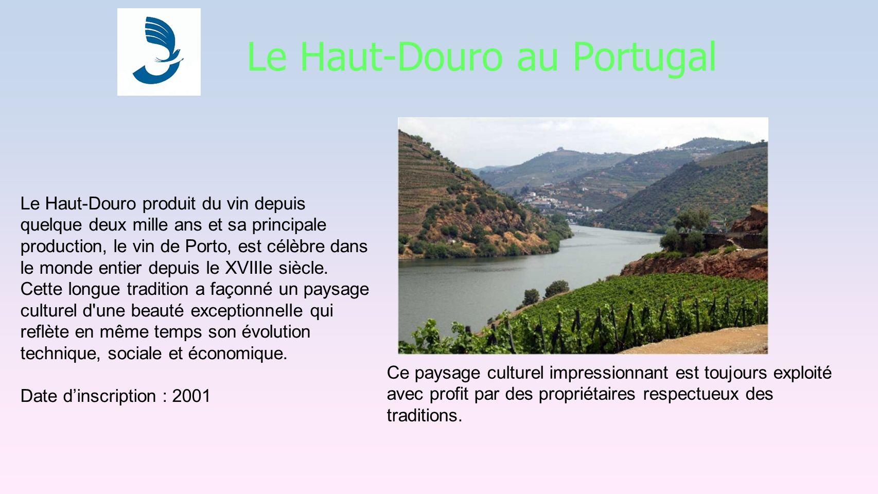 Le Haut-Douro produit du vin depuis quelque deux mille ans et sa principale production, le vin de Porto, est célèbre dans le monde entier depuis le XVIIIe siècle.