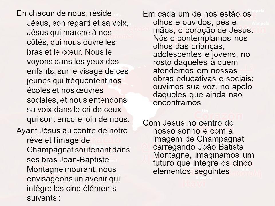 En chacun de nous, réside Jésus, son regard et sa voix, Jésus qui marche à nos côtés, qui nous ouvre les bras et le cœur.