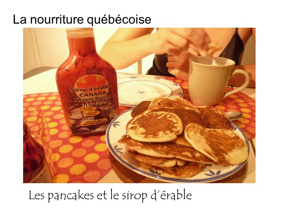 Les pancakes et le sirop dérable La nourriture québécoise