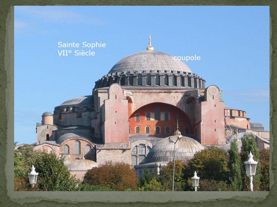 Sainte Sophie VII° Siècle coupole