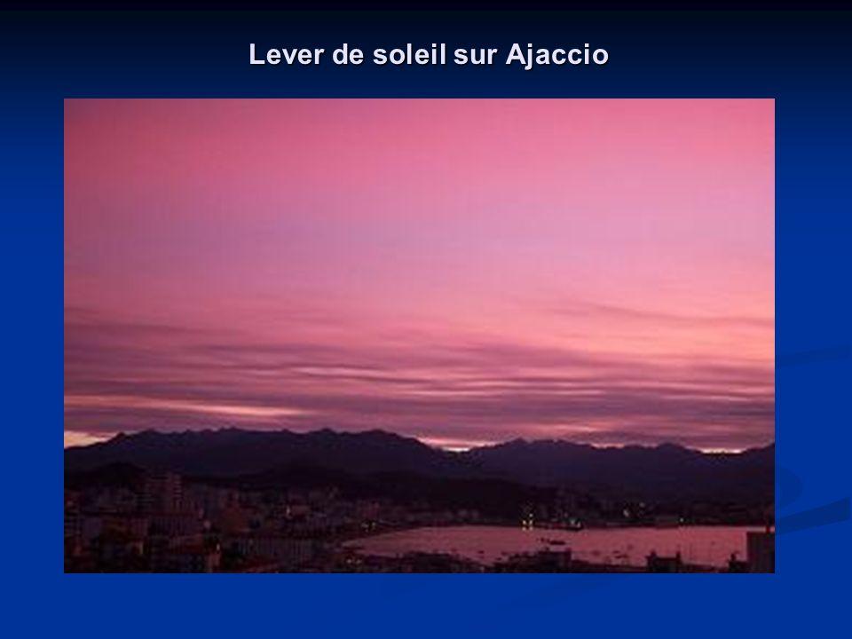 La Corse « Île de beauté..aux mille couleurs… Mettre le son et Cliquez pour avancer