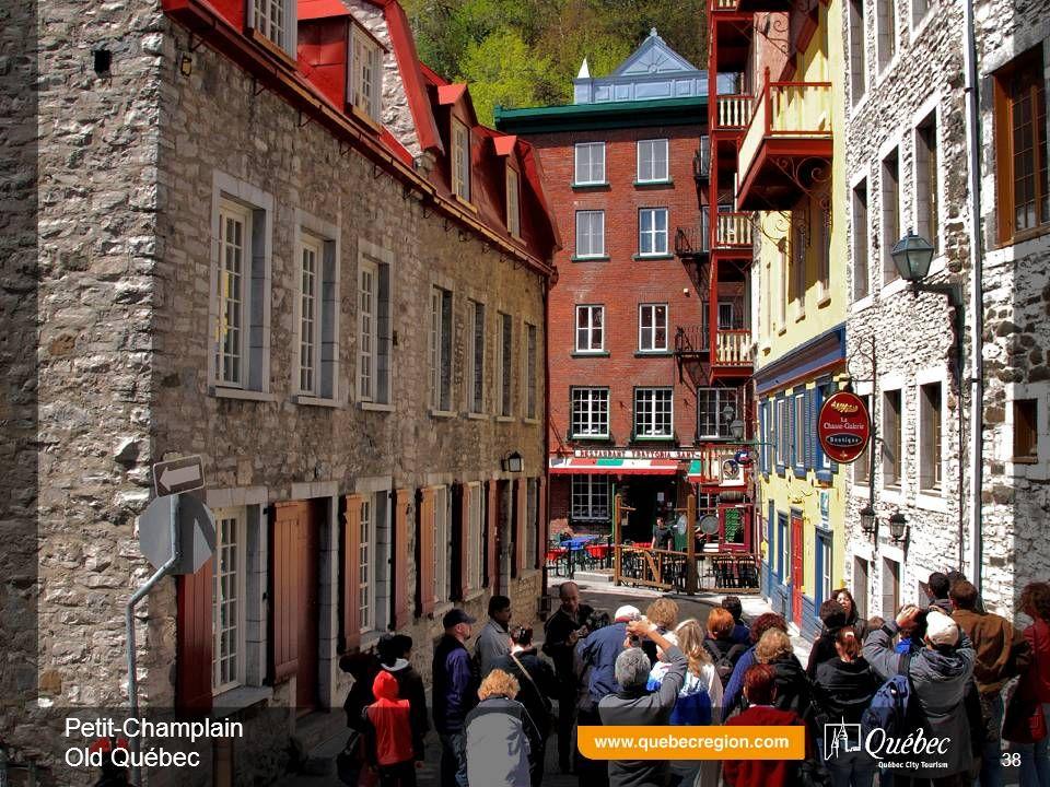 Petit-Champlain Old Québec 38