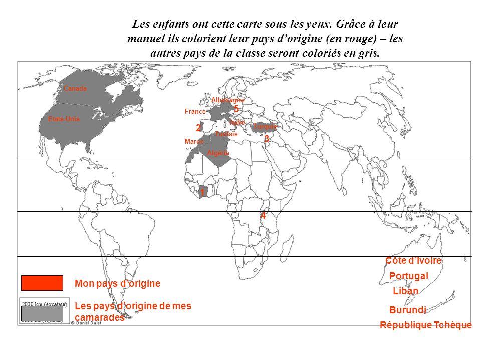 Les élèves observent cette carte (on explique la légende et sa signification) – on entoure les zones que lon appelle des foyers de peuplement