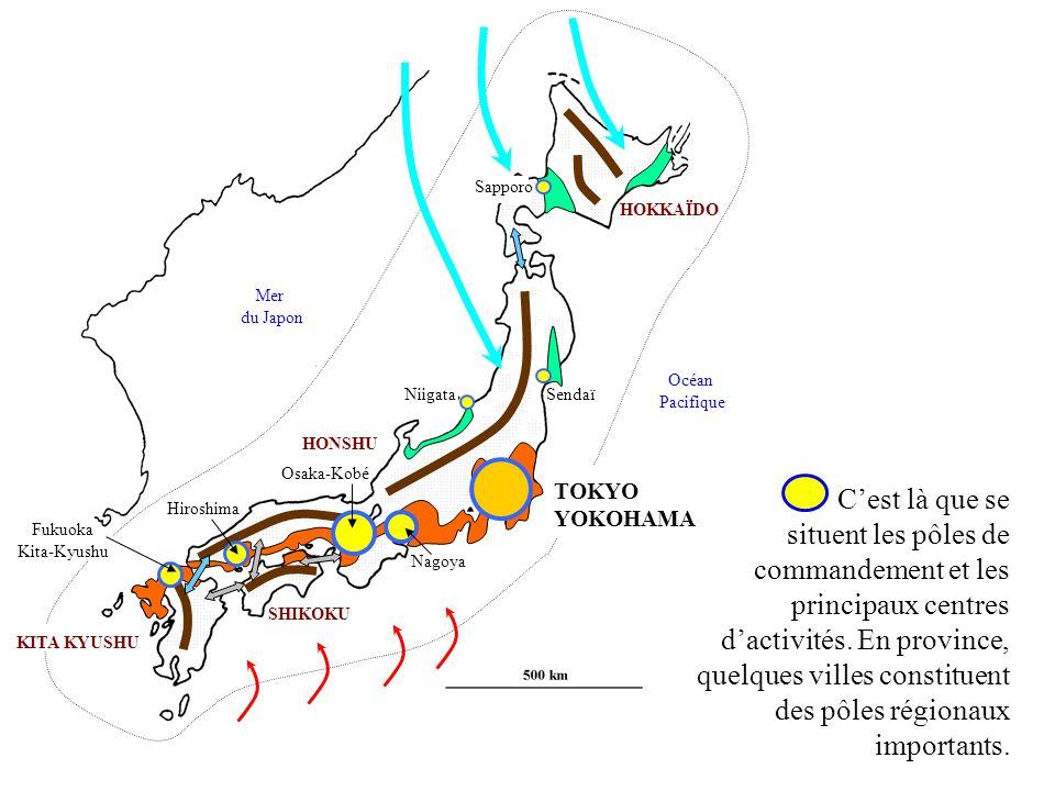 HONSHU KITA KYUSHU SHIKOKU HOKKAÏDO Mer du Japon Océan Pacifique Cest là que se situent les pôles de commandement et les principaux centres dactivités