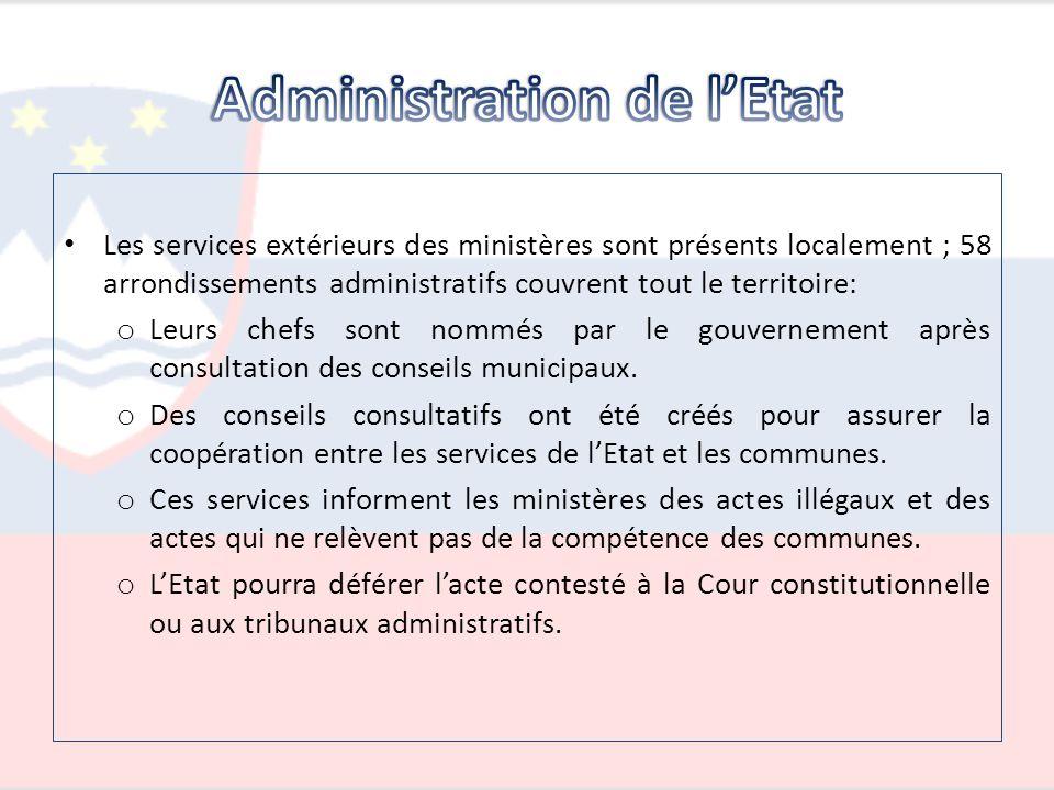 Les services extérieurs des ministères sont présents localement ; 58 arrondissements administratifs couvrent tout le territoire: o Leurs chefs sont no
