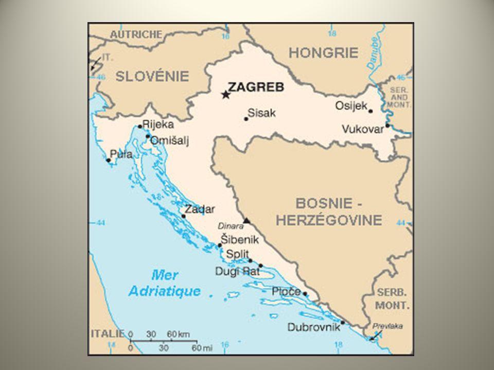 2.1.2 – Démographie La république de Macédoine est un pays éclaté et disparate au plan démographique.