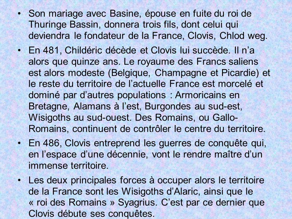 Son mariage avec Basine, épouse en fuite du roi de Thuringe Bassin, donnera trois fils, dont celui qui deviendra le fondateur de la France, Clovis, Ch