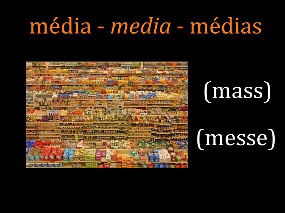 pluriel: médias et aussi « médias de masse » de langlais « mass media » En anglais, le terme apparaît dans les années 1920, avec le développement des réseaux radiophoniques nationaux et la diffusion des journaux et des magazines à grand tirage.