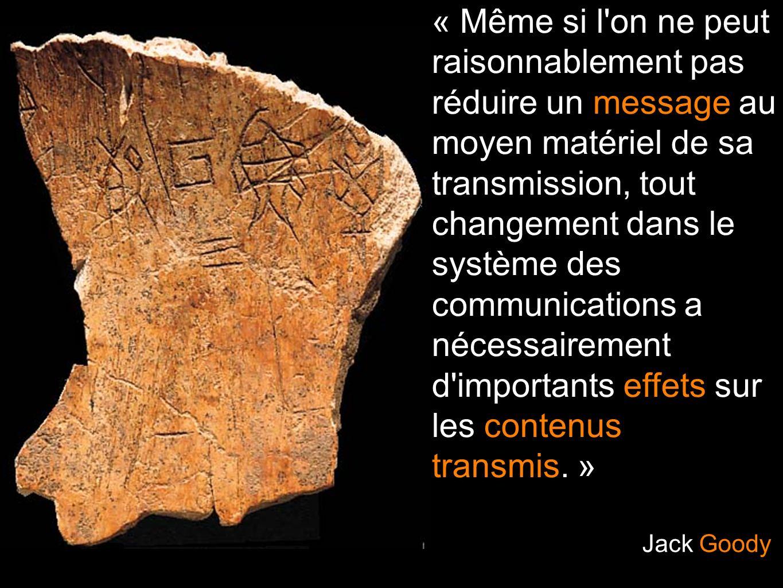 « Même si l'on ne peut raisonnablement pas réduire un message au moyen matériel de sa transmission, tout changement dans le système des communications
