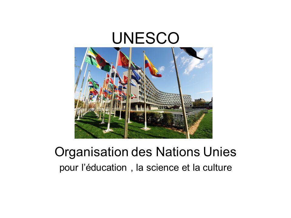 L UNESCO, en tant qu idéal, est née à lissue de la seconde guerre mondiale Les gouvernements ont déclaré solennellement que Les guerres prenant naissance dans l esprit des hommes, c est dans l esprit des hommes que doivent être élevées les défenses de la paix (…) ; Quand .