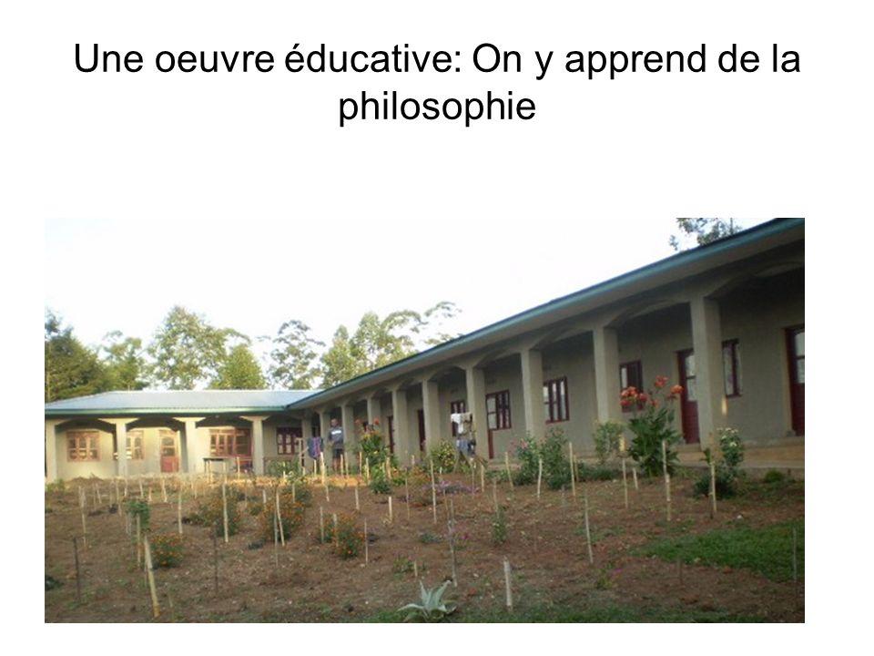 Une oeuvre éducative: On y apprend de la philosophie