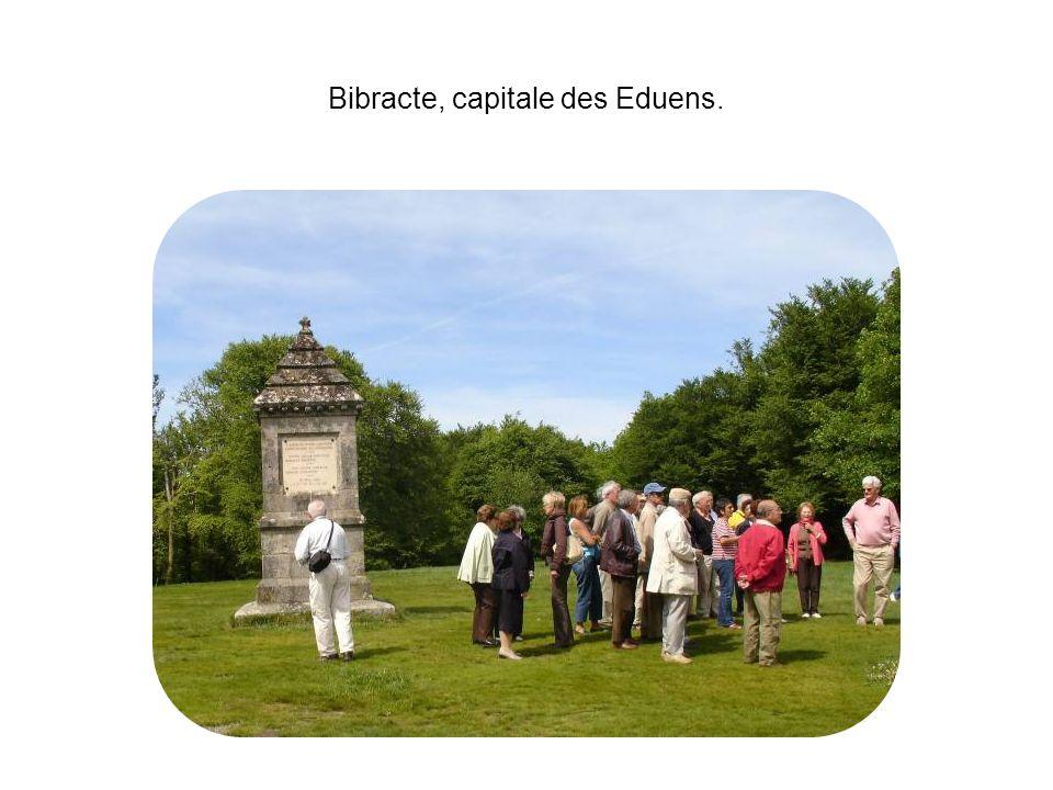 Bibracte, capitale des Eduens.
