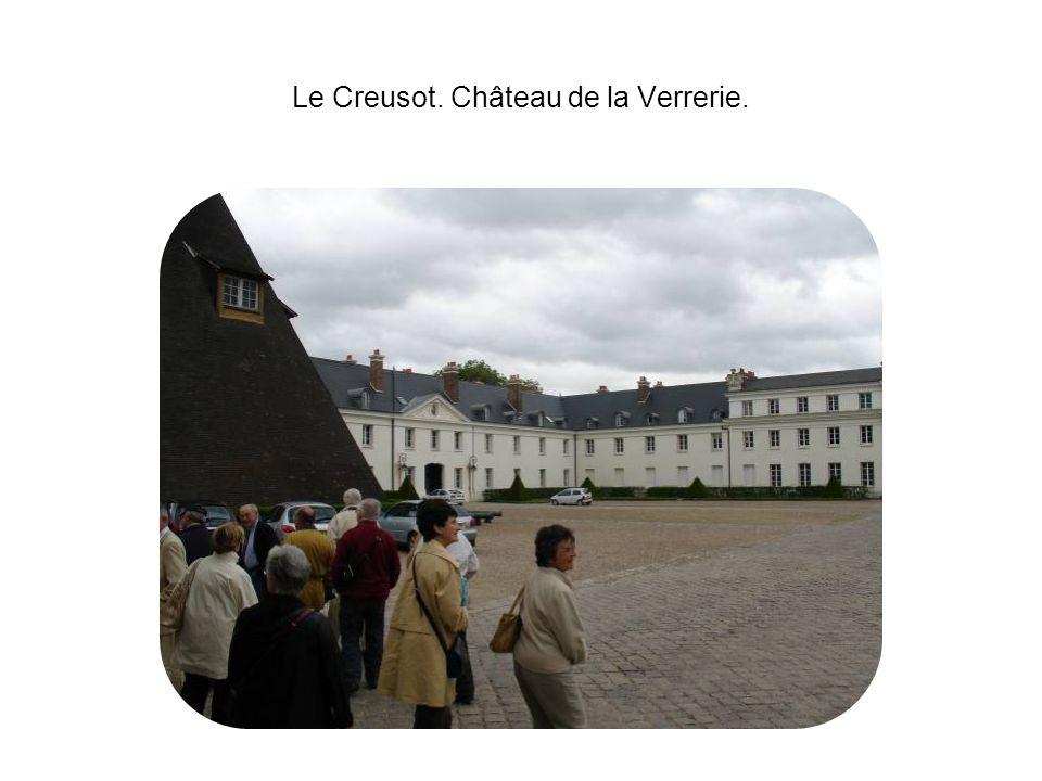 Le Creusot. Château de la Verrerie.