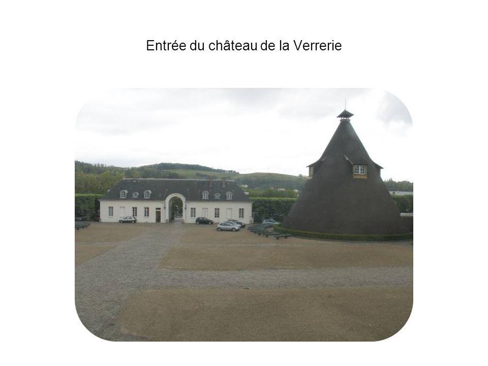Entrée du château de la Verrerie