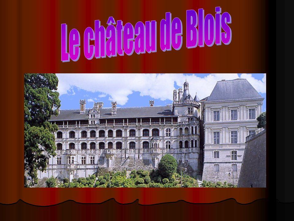 Où se situe Blois .Le château Blois se situe au Nord-Ouest de la France.