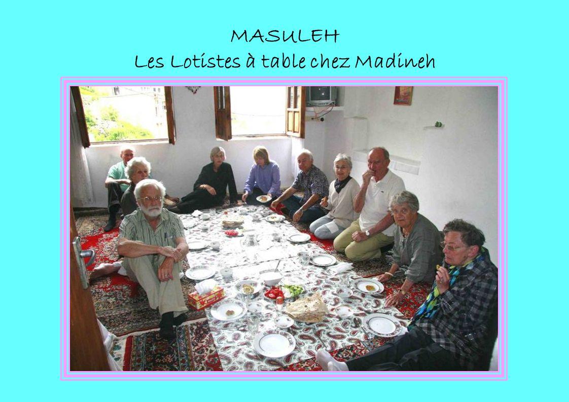 MASULEH Les Lotistes à table chez Madineh