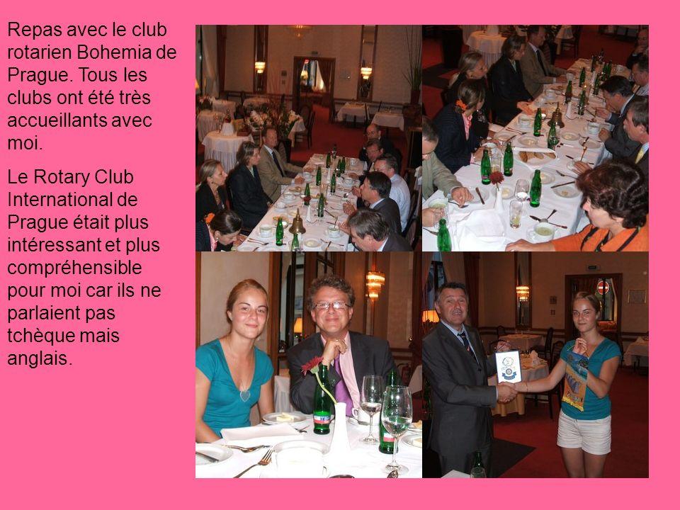 Repas avec le club rotarien Bohemia de Prague. Tous les clubs ont été très accueillants avec moi.