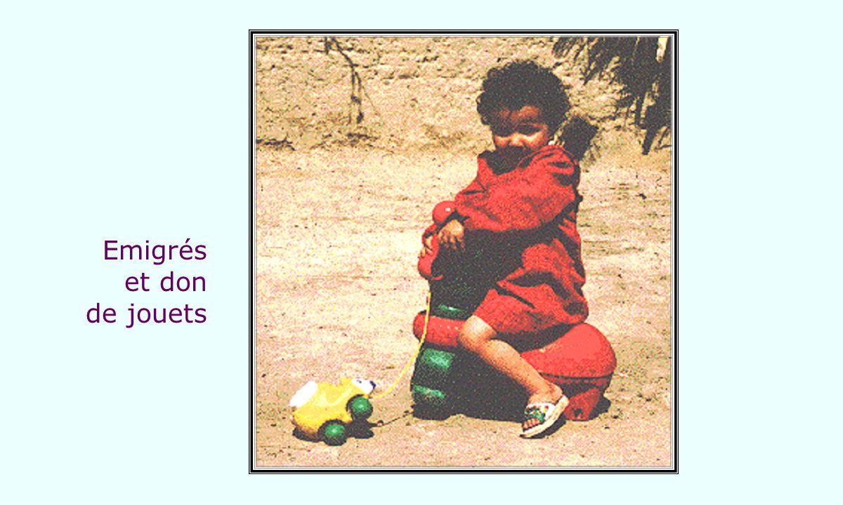 Emigrés et don de jouets
