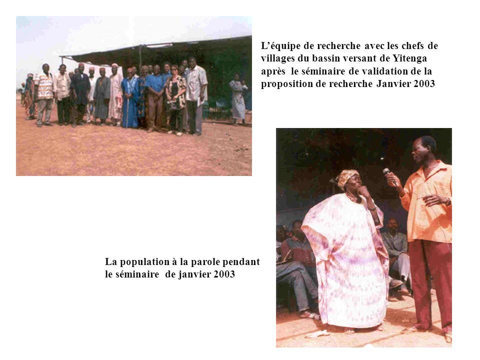Léquipe de recherche avec les chefs de villages du bassin versant de Yitenga après le séminaire de validation de la proposition de recherche Janvier 2