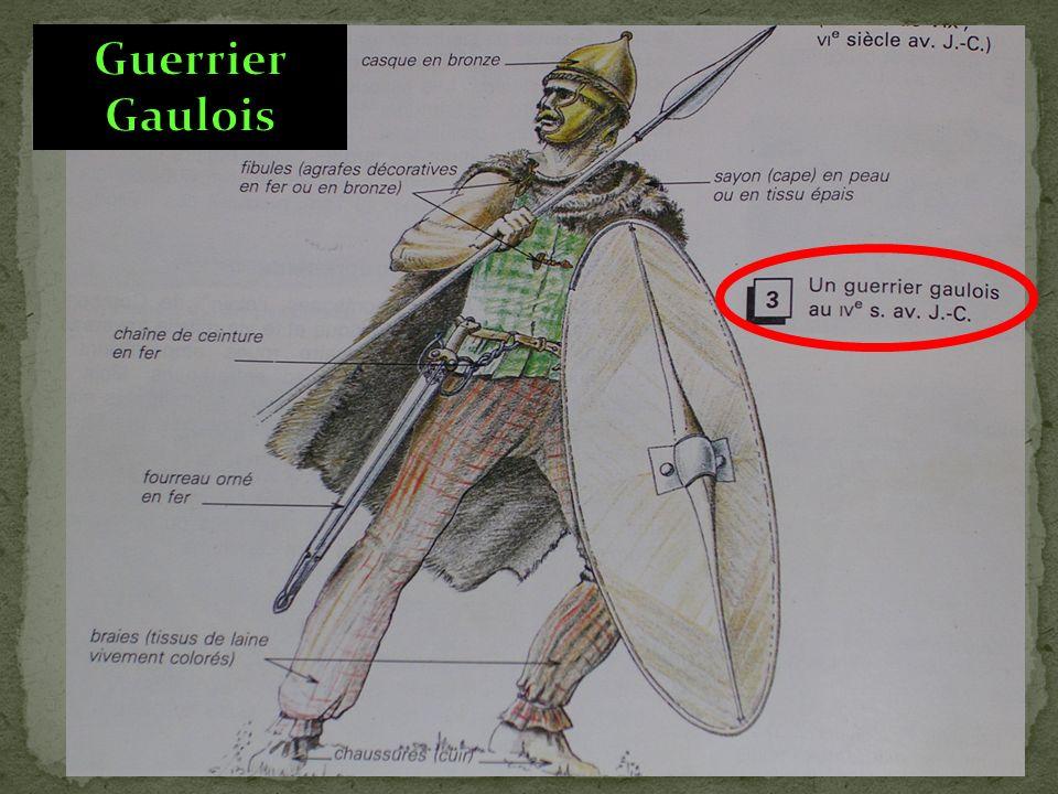 Les tribus gauloises, souvent divisées, se combattaient entre elles.