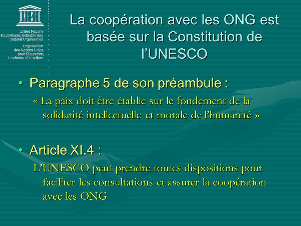 Paragraphe 5 de son préambule : « La paix doit être établie sur le fondement de la solidarité intellectuelle et morale de lhumanité » Article XI.4 : L