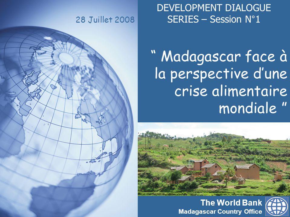 The World Bank Madagascar Country Office www.banquemondiale.org/madagascar Working for a world free of poverty 2 Development dialogue series (DDS) : Objectif globaux Les Development dialogue series sont des plates- formes trimestrielles de débat sur des thèmes relatifs aux problèmes de développement, et qui associent le Gouvernement, la Banque mondiale et la société civile.