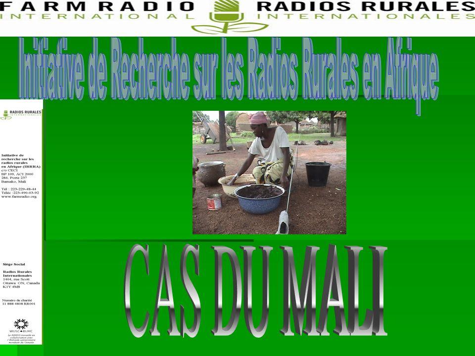 Résultats de létude de cas des résultats de la CRP1 à Fana et Zegoua une nette augmentation du taux de production des fosses de compost (25,2% en 2007 pour 89,6% en 2009) une nette augmentation du taux de production des fosses de compost (25,2% en 2007 pour 89,6% en 2009) Les personnes enquêtées ont indiqué que cette augmentation était attribuable à la campagne radio Les personnes enquêtées ont indiqué que cette augmentation était attribuable à la campagne radio Le renforcement des relations entre les agriculteurs et les vulgarisateurs, en terme de collaboration Le renforcement des relations entre les agriculteurs et les vulgarisateurs, en terme de collaboration Le renforcement de la confiance des agriculteurs ruraux à s engager avec les stations de radio Le renforcement de la confiance des agriculteurs ruraux à s engager avec les stations de radio Une nette amélioration de la qualité des programmes radiophoniques, 74,02% des populations enquêtées disent avoir appris la technique du compost indore avec la CRP1 Une nette amélioration de la qualité des programmes radiophoniques, 74,02% des populations enquêtées disent avoir appris la technique du compost indore avec la CRP1
