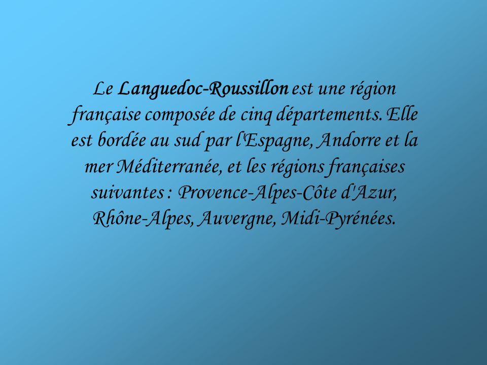 Le Languedoc (en occitan Lengadòc) est un territoire du sud de la France correspondant à l ancienne province du Languedoc, ainsi nommée en raison de sa langue – loccitan languedocien – par opposition avec le nord de la France, autrefois qualifié de « pays de langue d oïl » – òc et oïl étant la forme du oui respective à chaque partie.