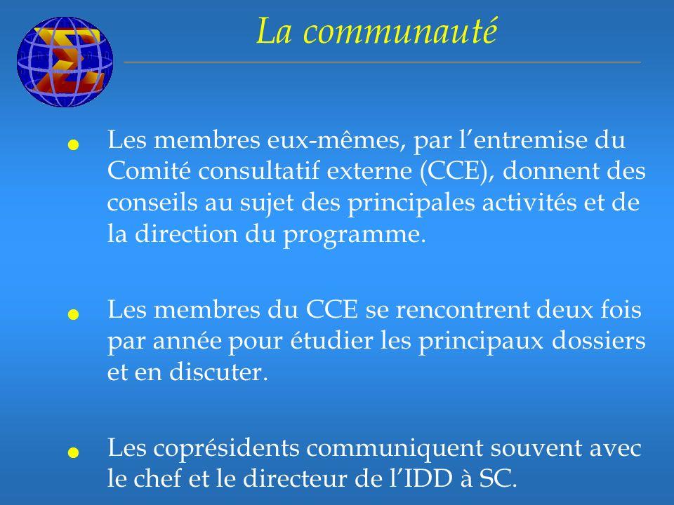 La communauté Les membres eux-mêmes, par lentremise du Comité consultatif externe (CCE), donnent des conseils au sujet des principales activités et de la direction du programme.