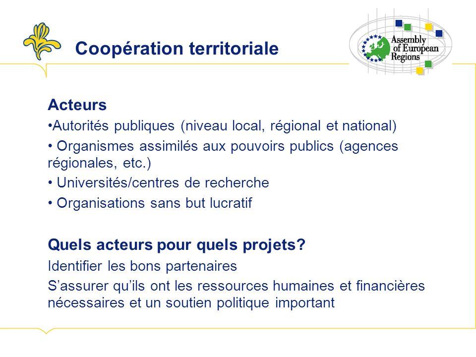 Coopération transfrontalière Activités économiques, sociales et environnementales Encourager la coopération administrative et légale, tel le marché de lemploi transfrontalier, le partage des ressources humaines et des infrastructures