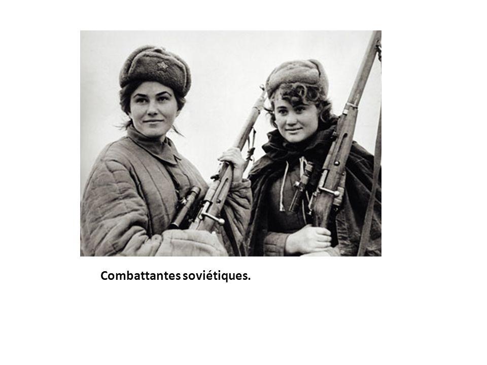 Combattantes soviétiques.