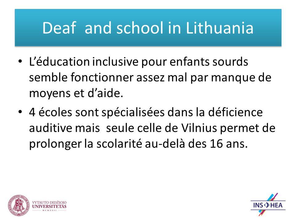 Léducation inclusive pour enfants sourds semble fonctionner assez mal par manque de moyens et daide.